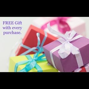 🌺 FREE GIFT WITH EVERY PURCHASE 🌺